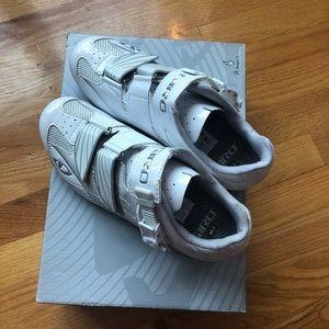 Women/'s Giro Petra VR Cycling Athletic Shoes Gray Blue US Size 8.5 EU 40
